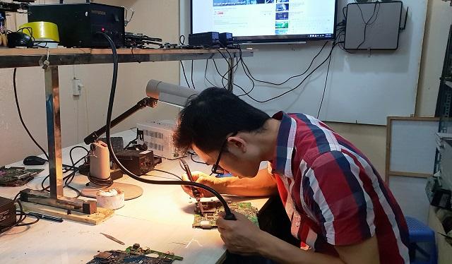 Phùng Gia Nơi sửa chữa laptop uy tín