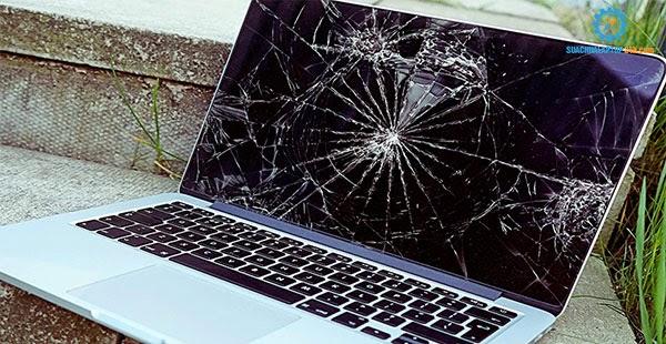 Màn hình laptop bị nứt vỡ